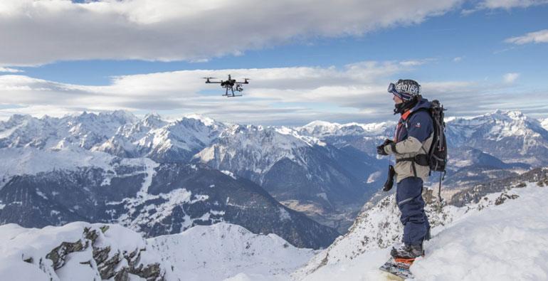 Сложно удержаться при виде такого пейзажа и не запустить своего дрона с камерой в воздух!