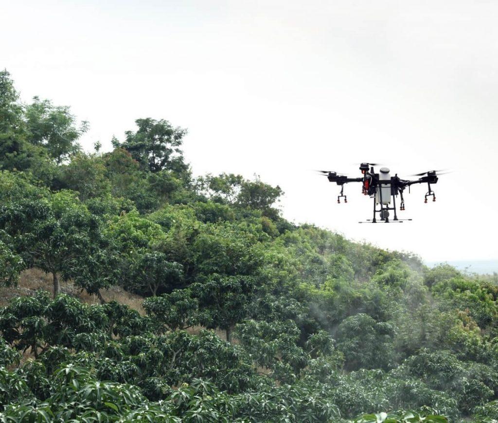 Система контроля наклонов рельефа помогает использовать Agras T16 в хозяйствах на горных склонах