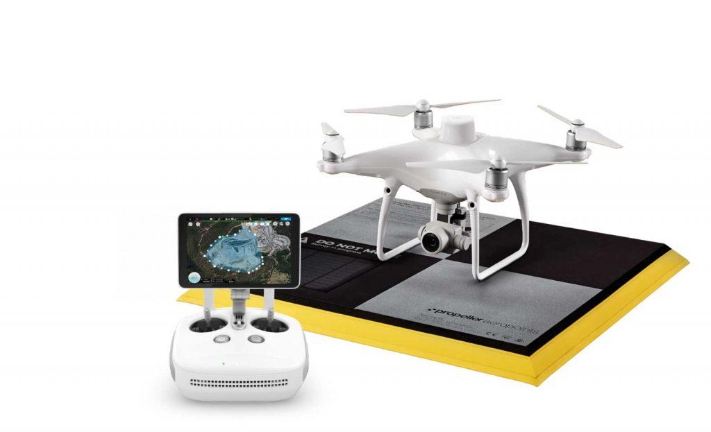 Один из лучших специализированных дронов для картографии и геодезии DJI Phantom 4 RTK. Летательный аппарат совместим с большинством специализированных программ для обработки результатов съемки
