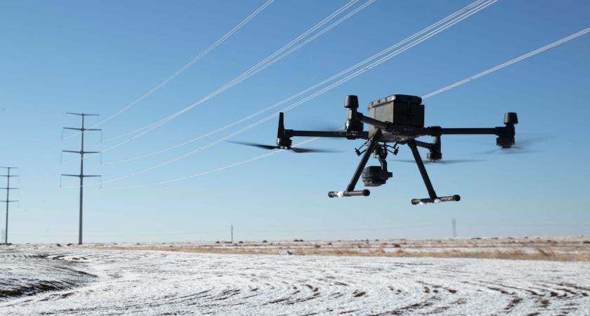 Как пилотировать промышленные дроны зимой. Советы от DJI.